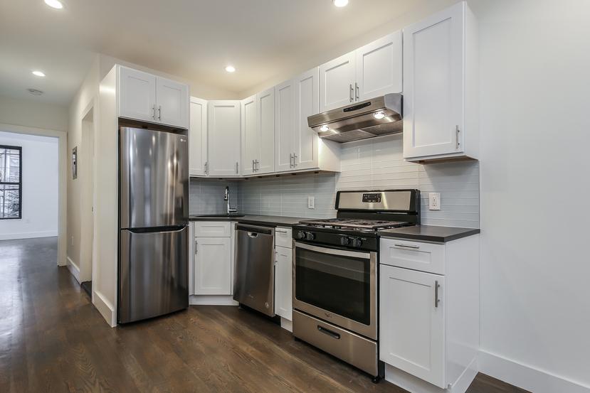 009-Kitchen-3770199-small