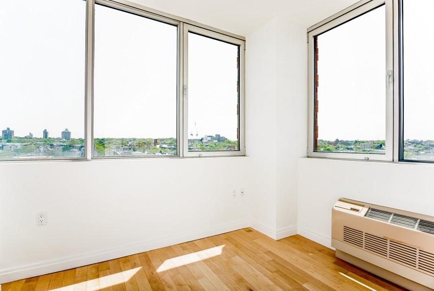 006-Bedroom-5747005-medium