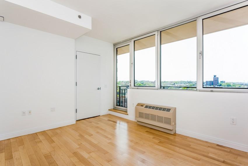 007-Bedroom-5747014-medium
