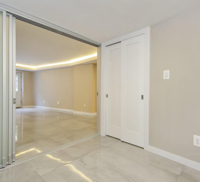 001-photo-bedroom-7569137